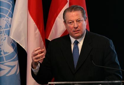 Acclaim from some quarters and venemous protests from others: Al Gore's Nobel Peace Prize has unleashed a massive wave of reactions.