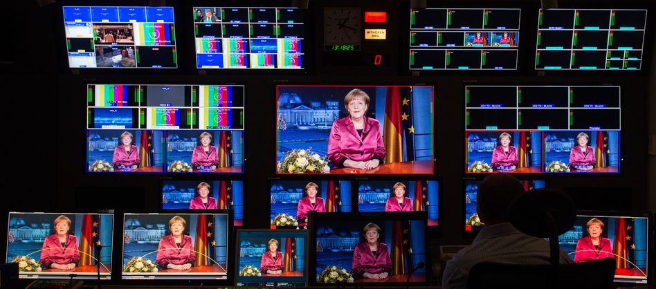 Merkels Neujahrsansprache: Deutliche Kritik an Pegida