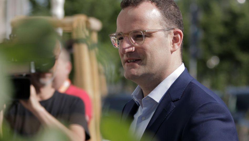 """Jens Spahn (CDU): """"Eingriff in die Grundrechte des Einzelnen"""""""