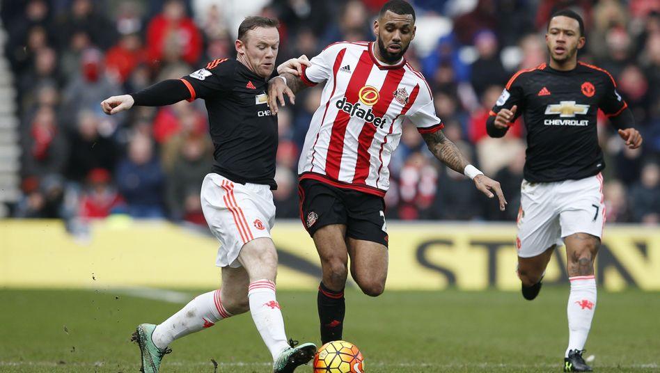 Uniteds Rooney (l.): Niederlage gegen den Vorletzten