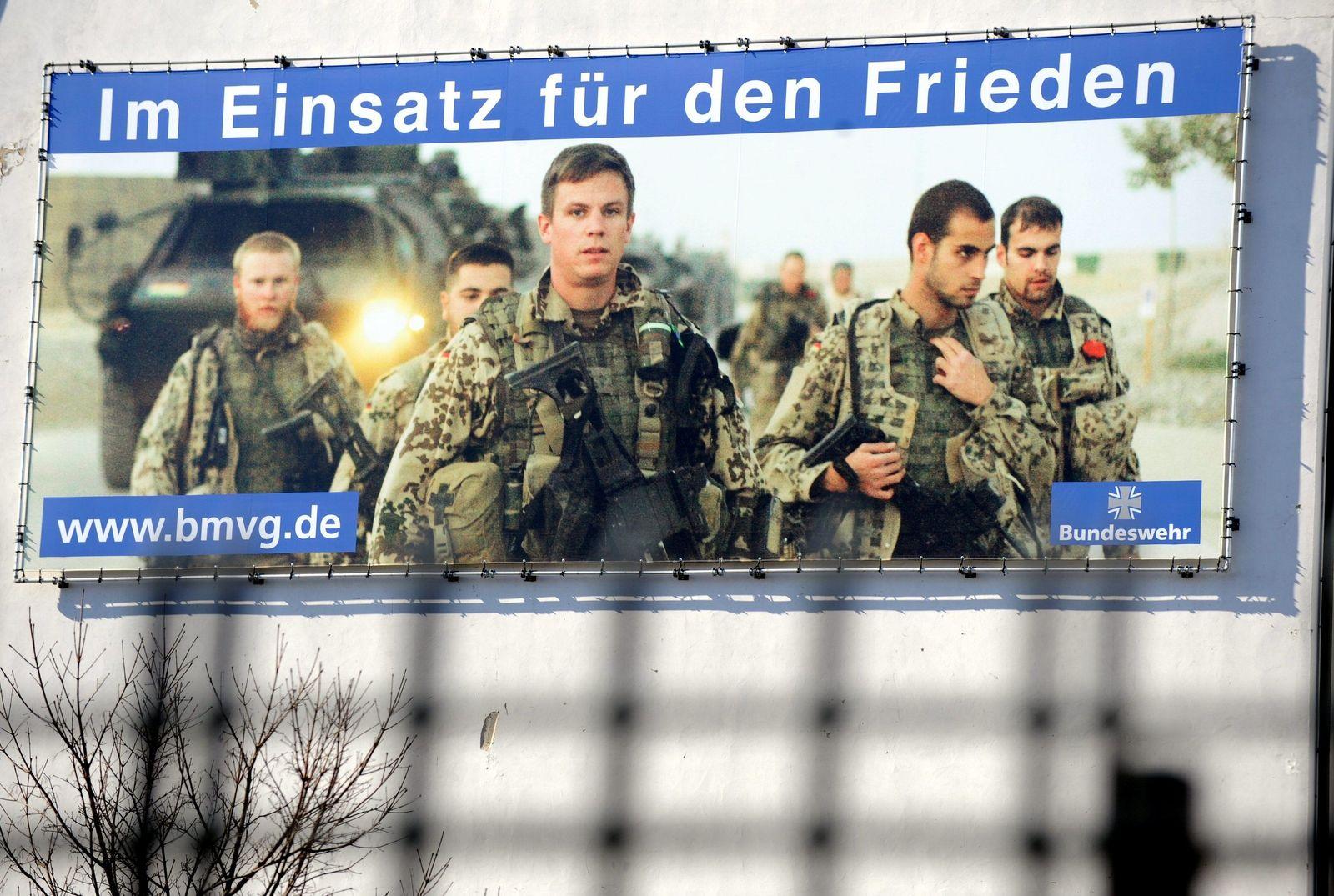 Bundeswehr-Plakat / Schüler für Bundeswehr