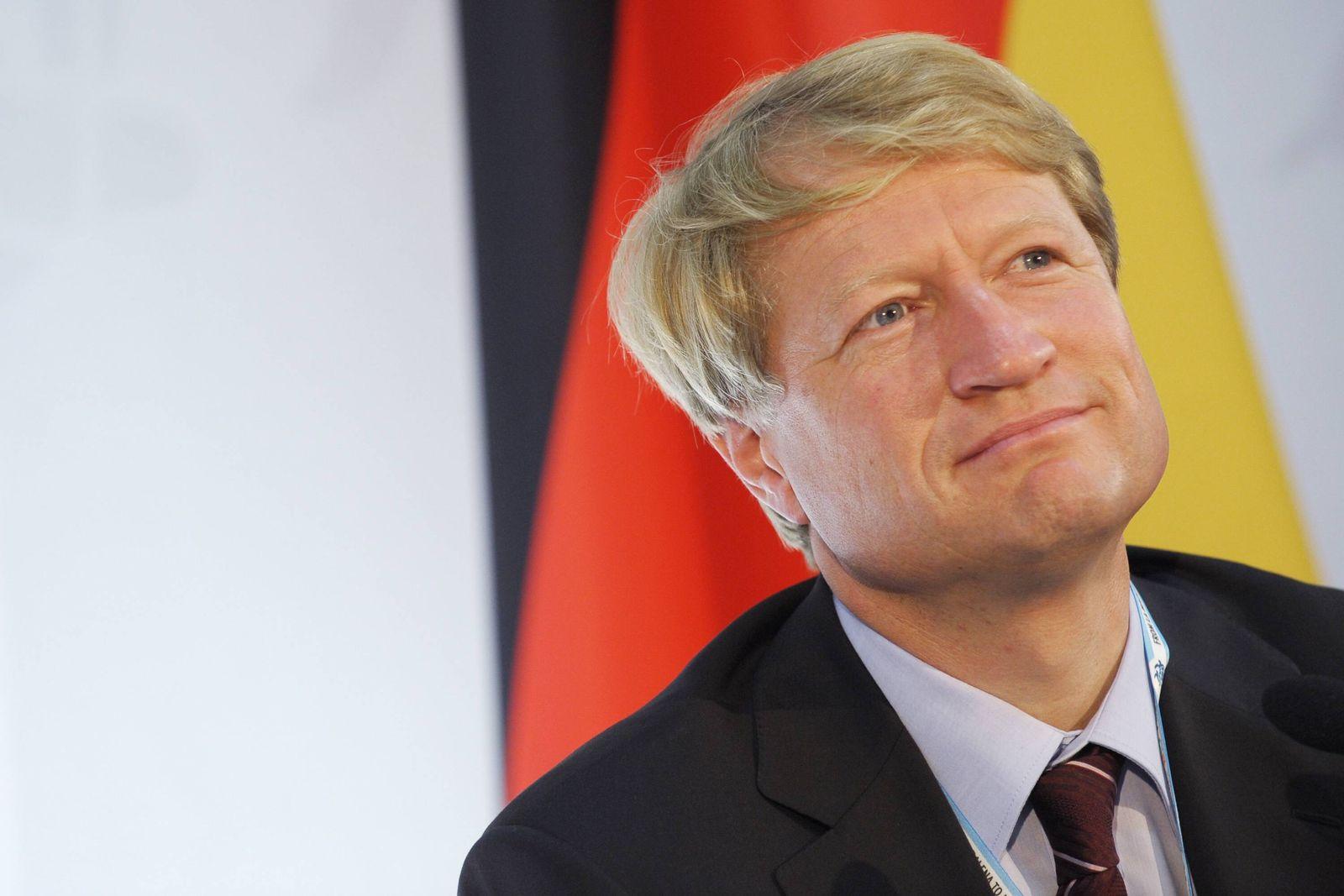 NICHT VERWENDEN Ulrich Wilhelm