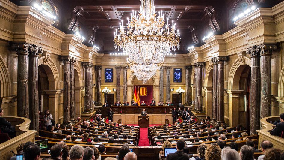 Katalanisches Parlament in Barcelona: Mehrheit für die Unabhängigkeit