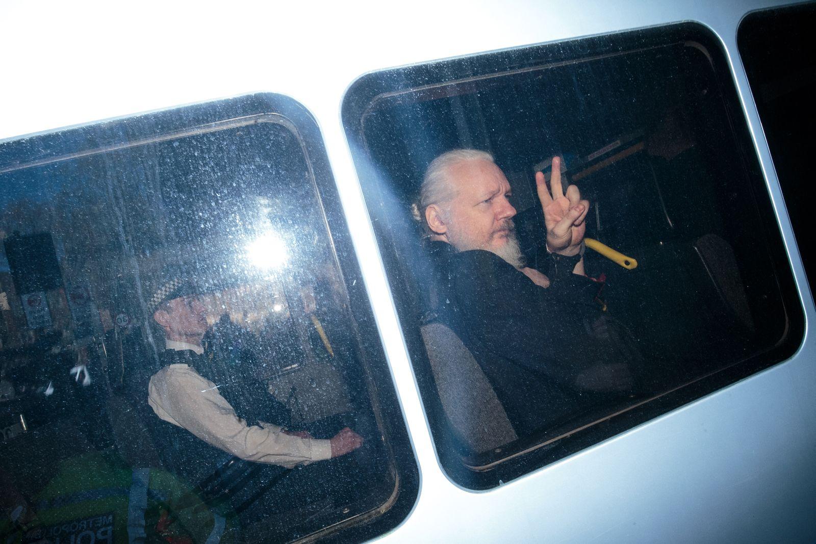 Julian Assange/ 2019