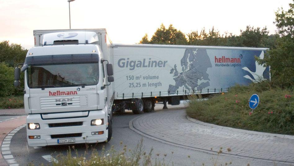 Gigaliner: Die riesigen Laster sind weiterhin umstritten