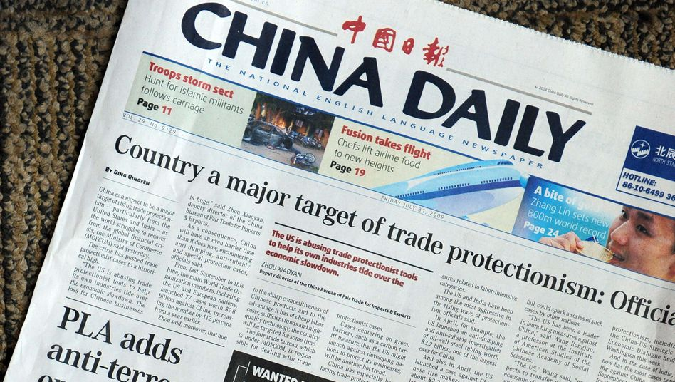 """Ausgabe der staatlichen, englischsprachigen Tageszeitung """"China Daily"""" (Archivbild 2009) - auch sie ist von dem neuen Rechtsstatus betroffen"""