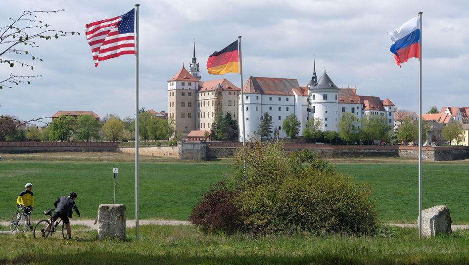 Historischer Treffpunkt von US- und Sowjet-Truppen im sächsischen Torgau an der Elbe: Gedenkstunde zum 75. Jahrestag