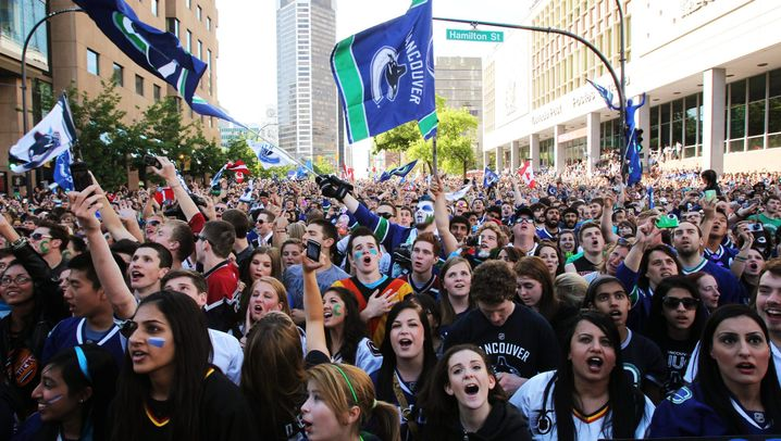 Nach NHL-Finale: Canucks-Fans rasten aus