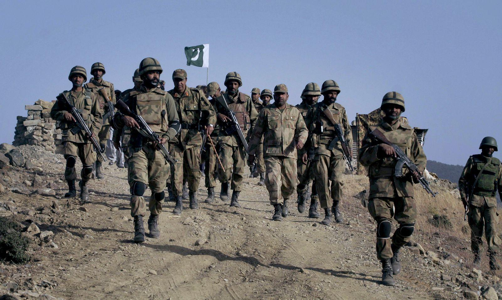 Armee Pakistan