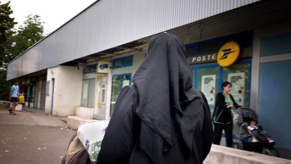 Verschleierte Frau (im französischen Venissieux): Landesweites Verbot im kommenden Jahr?
