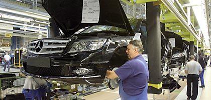 Daimler-Produktion in Sindelfingen: Kurzarbeit in Erwägung gezogen