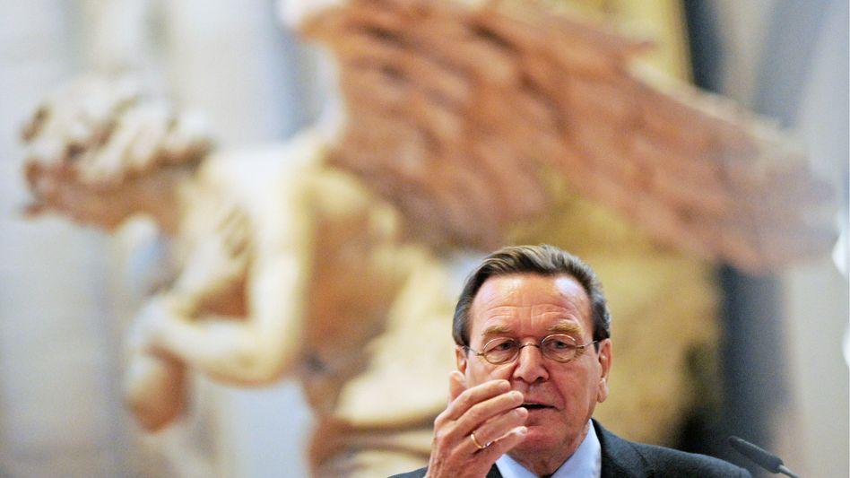 """Ehemaliger Bundeskanzler Schröder: """"Das verfolge ich mit großer Sorge"""""""