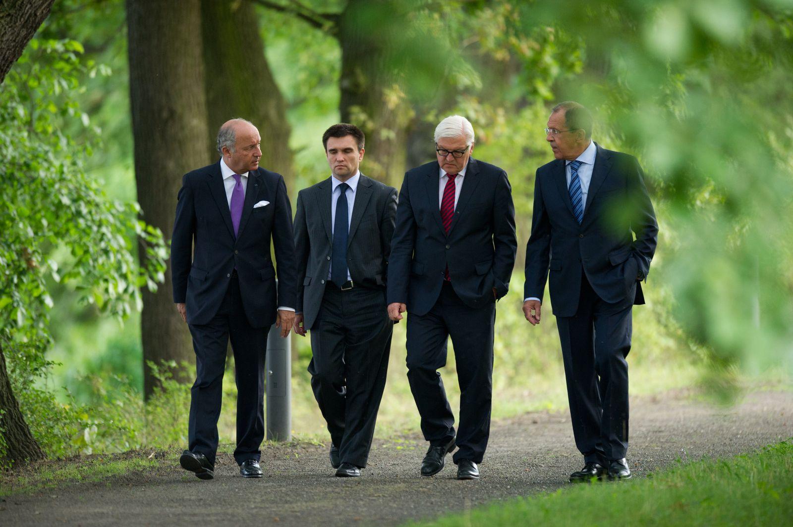 Verhandlungen Außenminister Ukraine Konflikt