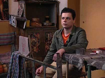 Zu fünft auf 15 Quadratmeter: Dennis in seiner Zelle in Strzelce Opolskie