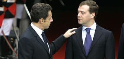 """Nicolas Sarkozy und Dmitrij Medwedew: """"Mit einer Stimme sprechen"""""""