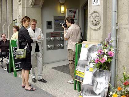 Nur stiller Beobachter: FDP-Bundesgeschäftsführer Beerfeltz (im hellen Sakko)