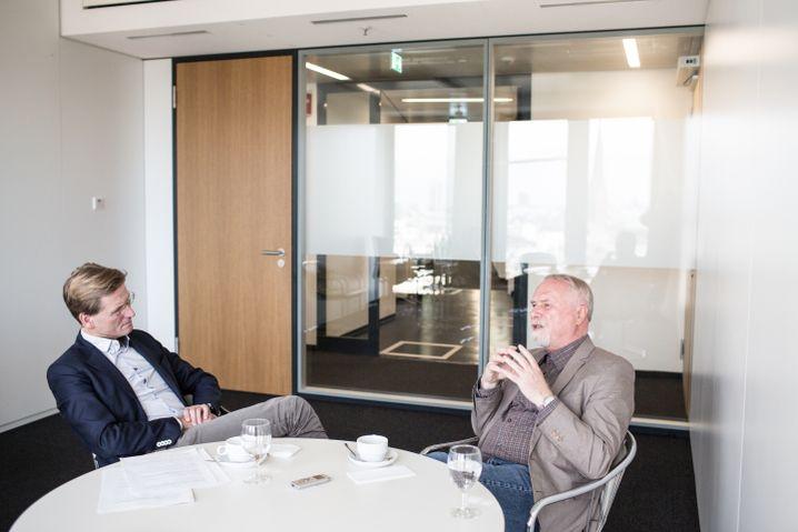 """Müller beim SPIEGEL-Gespräch mit Redakteur Klaus Wiegrefe: """"Er war gerne Trittbrettfahrer"""""""