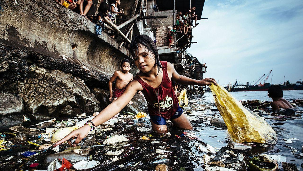 """Kinderarbeit: Mädchen beim Müllfischen ist Unicef-""""Foto des Jahres"""""""