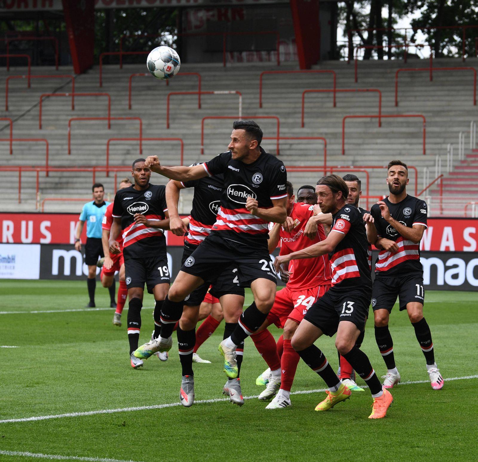 Fussball, Herren, Saison 2019/2020, 1. Bundesliga (34. Spieltag), 1. FC Union Berlin - Fortuna Düsseldorf (3:0), v. l.