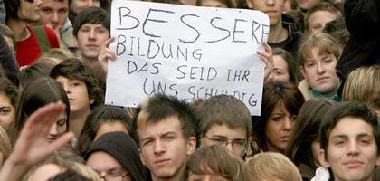 Demo in Stuttgart: Schüler sind bundesweit auf den Straßen