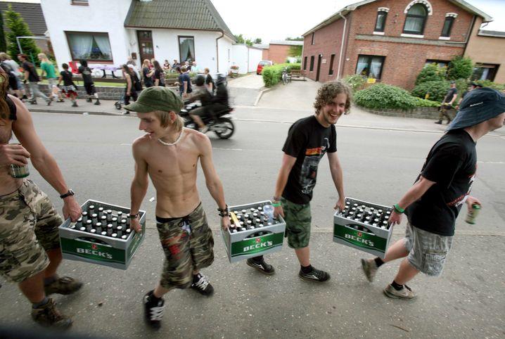 Heavy Metal in Wacken: Der Kümmerer kümmert sich, die Nutznießer lachen