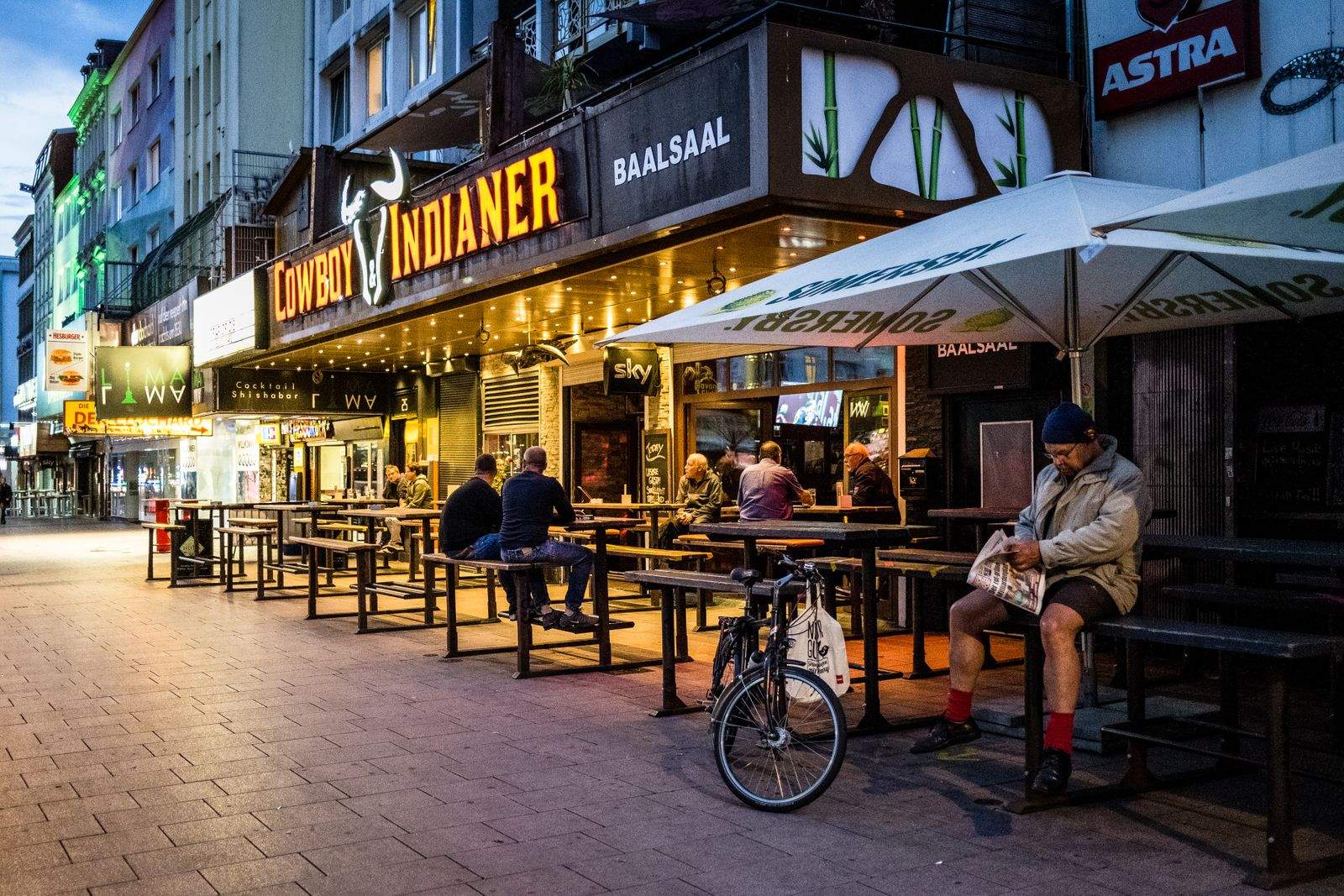 Barszene Corona Hamburg