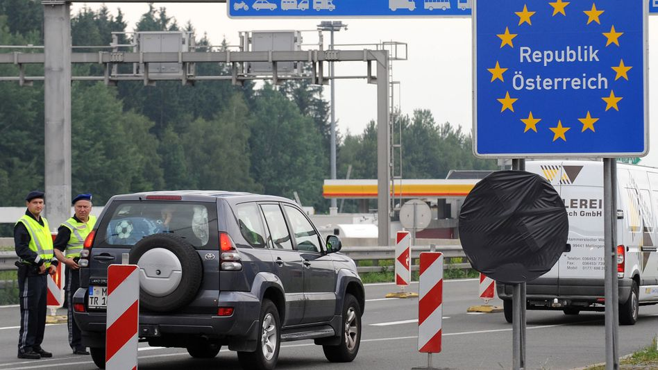 Ehemaliger deutsch-österreichischer Grenzübergang Walserberg (Archivbild): CSU legt Sieben-Punkte-Programm vor