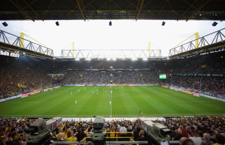 Blick von der Tribüne im Dortmunder Stadion: Neue Perspektive für Gündogan