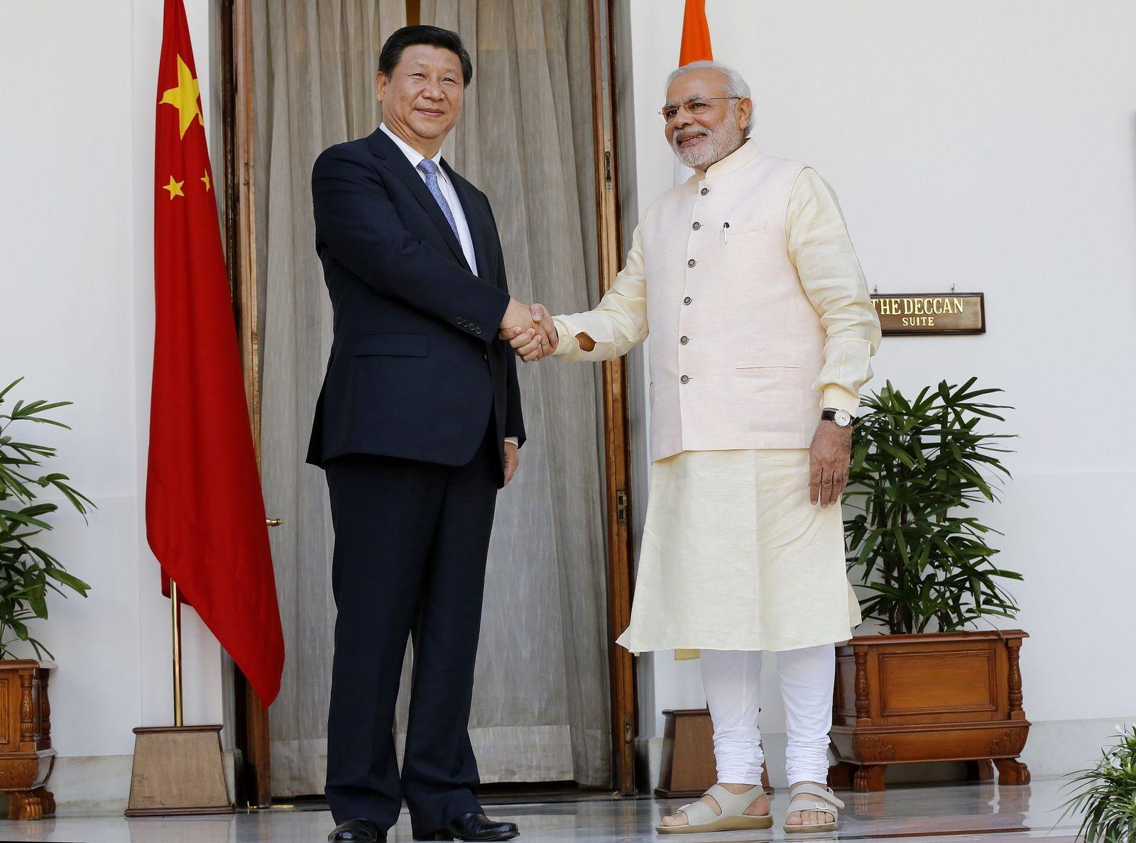 Chinese President Xi Jinping visits India