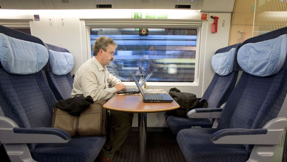 """Zugreisender mit Laptop: """"Viele Kunden fühlen sich durch das Tippgeräusch belästigt"""""""