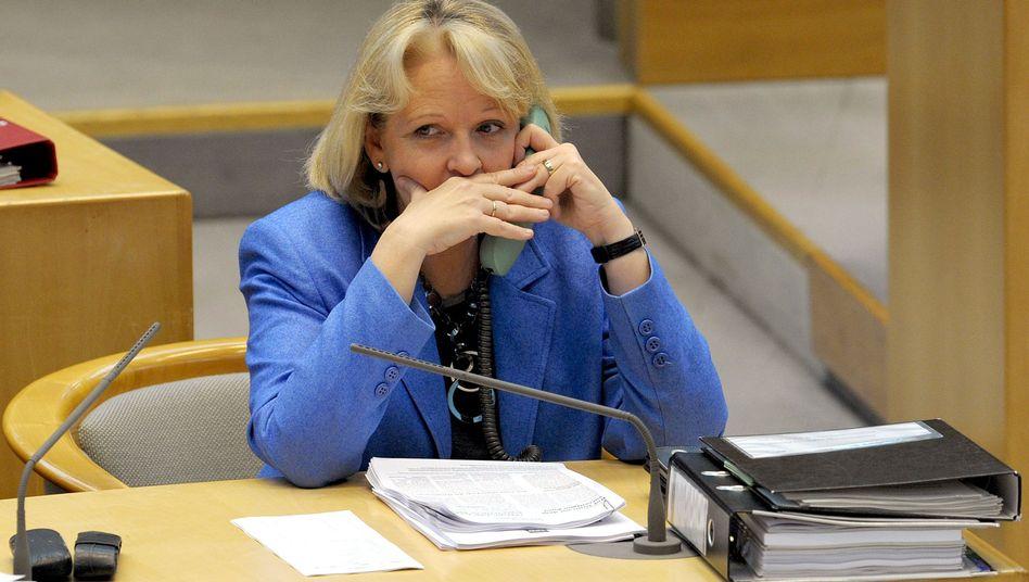 Abstimmung über NRW-Haushalt: Kraft kündigt Neuwahlen bei Etat-Niederlage an