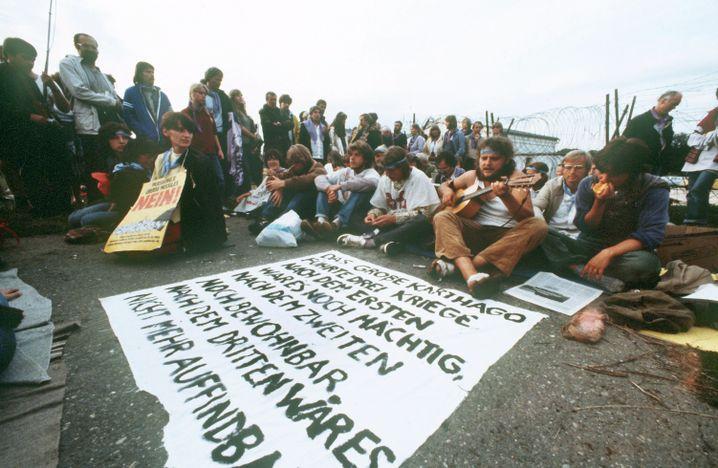 Demonstranten in Mutlangen (September 1983): Erdrückende Ohnmacht
