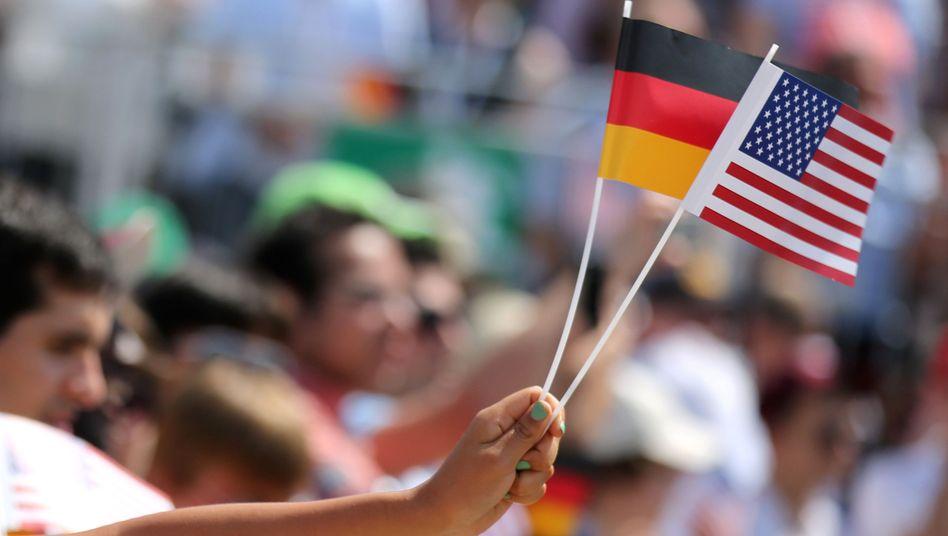 Jubel beim Besuch des US-Präsidenten Obama im Sommer 2013 in Berlin: Vertrauen auf dem Tiefpunkt?