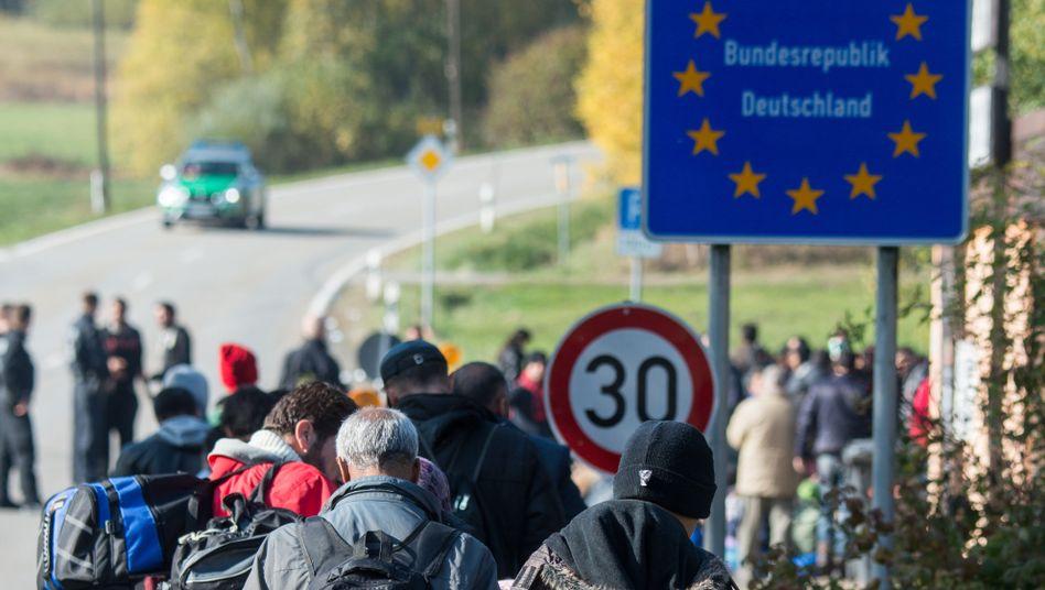 """Flüchtlinge an der deutsch-österreichischen Grenze: """"Keine unmittelbare Gefahr"""""""
