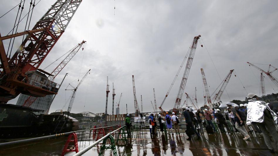 Bauarbeiten am neuen Olympiastadion in Tokio