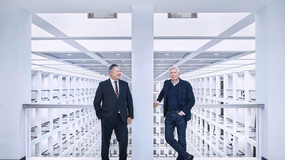 BND-Chef Kahl, Architekt Kleihues im Neubau des Geheimdienstes: »Ein Statement auch für andere Nationen«