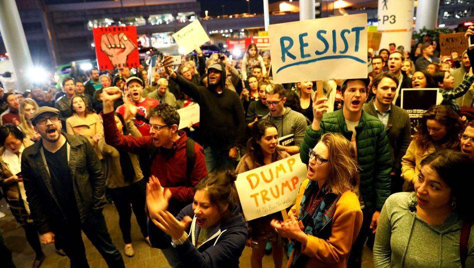Protest am Flughafen von Los Angeles