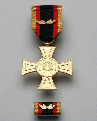 """The """"Cross of Honor for Bravery."""""""