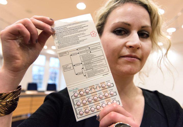 Felicitas Rohrer 2015 bei einem Gerichtstermin.