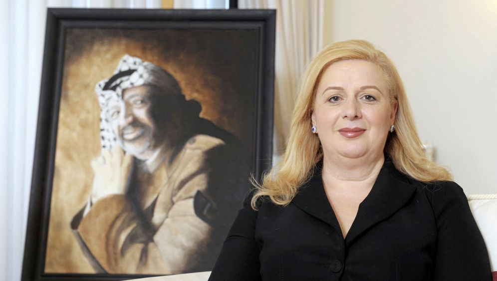 Photo Gallery: Arafat's Mysterious Death