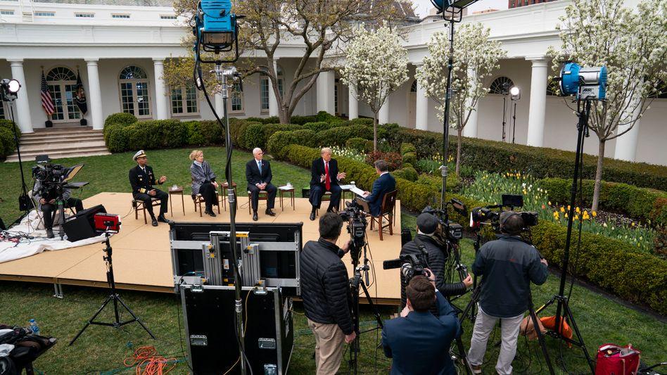 Das Weiße Haus als Propagandastudio: Corona-Townhall von Fox News mit Trump
