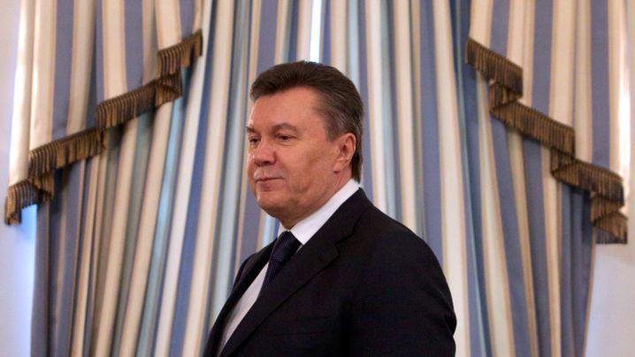 Im Zickzack durch die Ukraine: Janukowitsch auf der Flucht