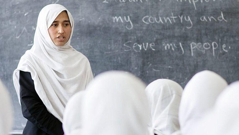 Deutsches Hilfsprojekt Mädchenschule in Kabul: Rückführung unter Feuer