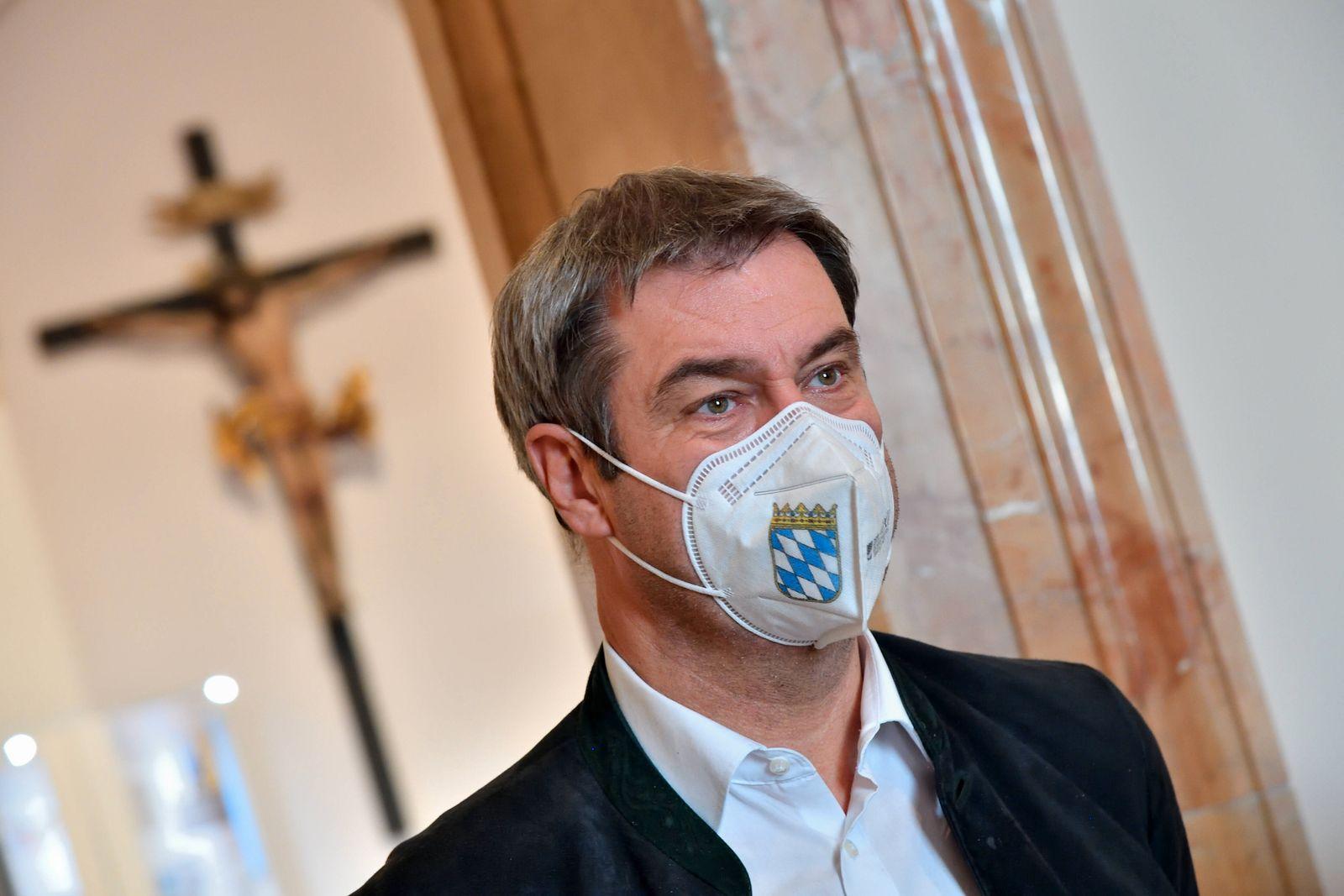 Markus Söder mit FFP2-Maske. Markus Söder, der Bayerische Ministerpräsident und Parteivorsitzender der CSU mit FFP2-Mask