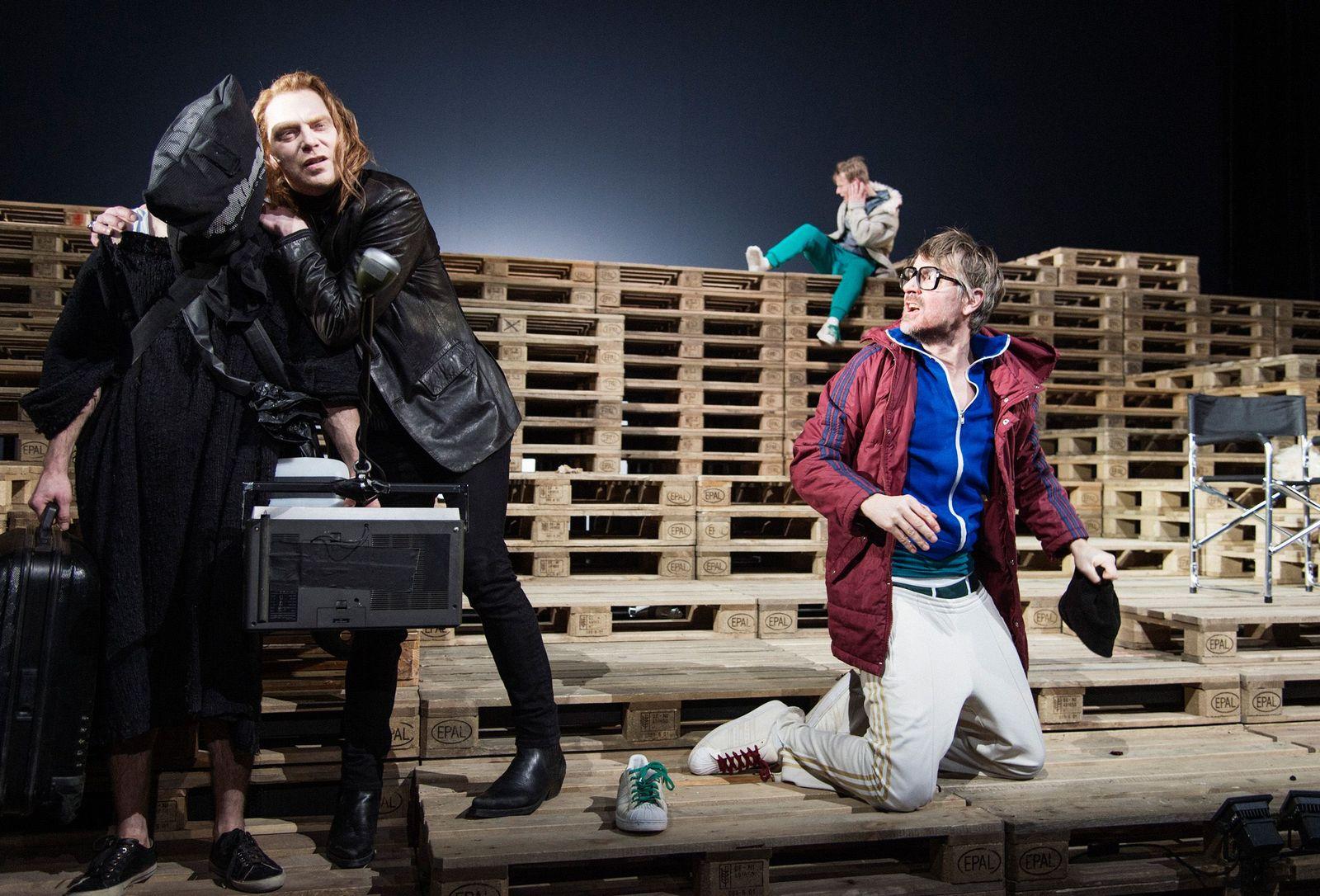 EINMALIGE VERWENDUNG Theater/ Warten auf Godot