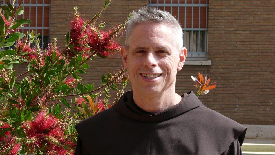 """Franziskaner-Generalminister Michael Anthony Perry: """"Probleme mit einem beträchtlichen Betrag an Schulden"""""""