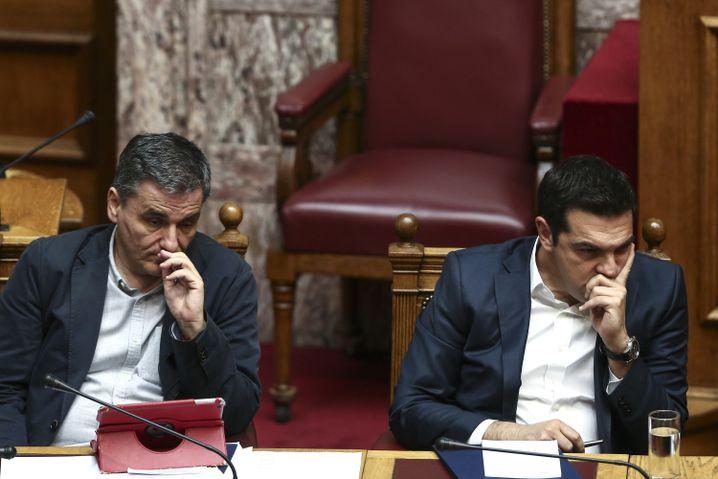 Griechischer Finanzminister Tsakalotos, Regierungschef Tsipras
