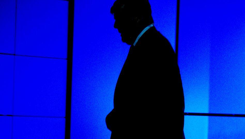 Silhouette von Noch-Chef Ackermann: Sein Nachfolger muss vor allem ein Erbe verwalten
