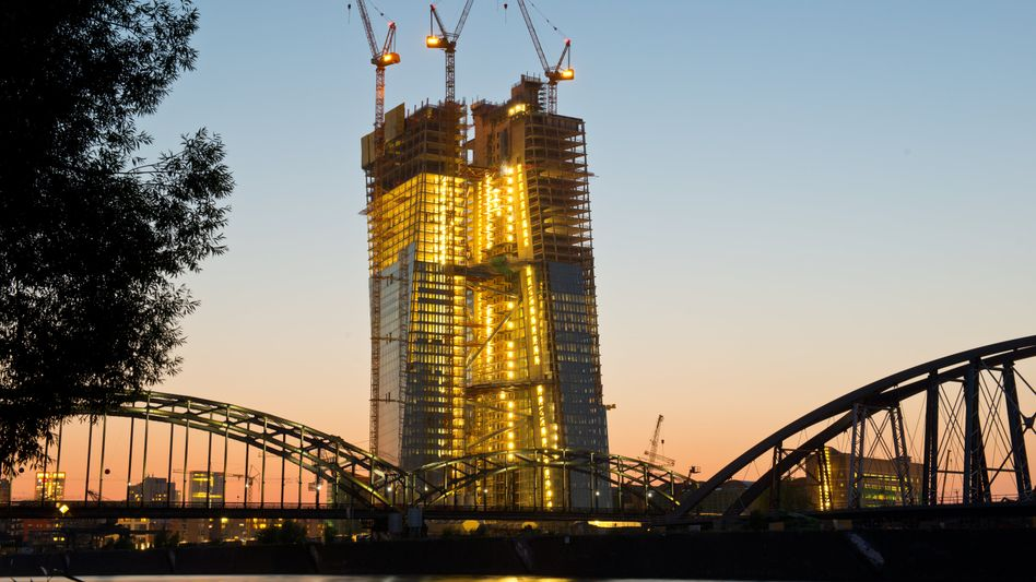 Baustelle EZB in Frankfurt am Main: Leitzins bleibt auf Rekordtief