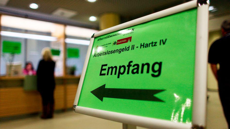 Schalter für Hartz-IV-Anträge in Köln: